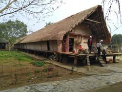 Tham quan di tích lịch sử K9 và Làng văn hóa các dân tộc